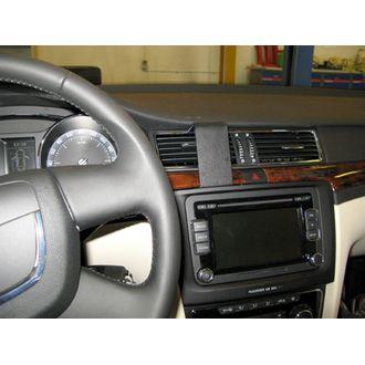 Brodit ProClip montážní konzole pro Škoda Superb 09-15, na střed vlevo