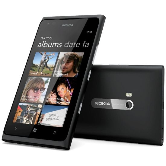 Nokia Lumia 900 Black + Pouzdro Krusell Orbit flex